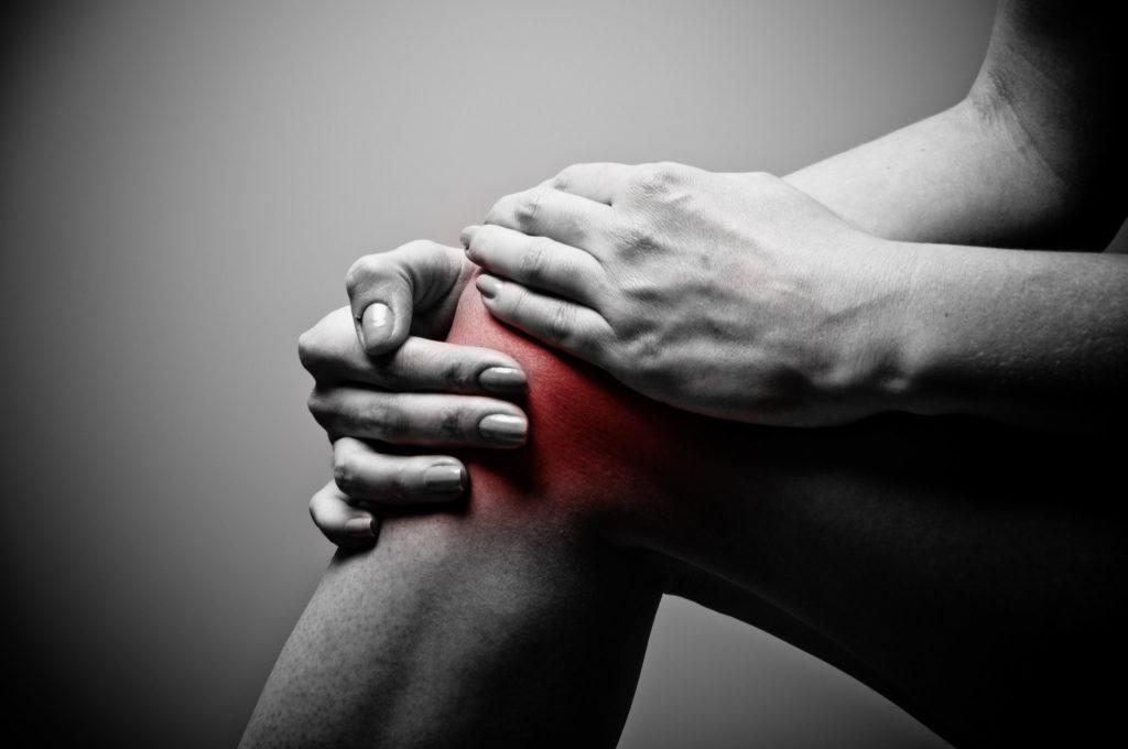 basketball players ice their knees